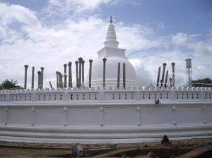 dagoba de Thuparamaya en Anuradhapura